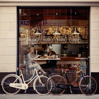bicycles_parked_outside_coffee_shop_hipsters